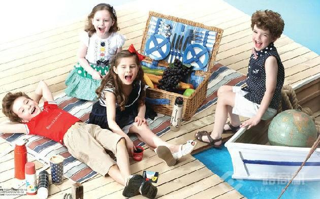 童装加盟--波仕童装