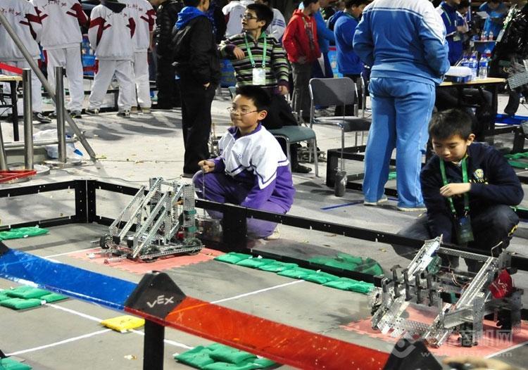 貝爾機器人教育活動現場