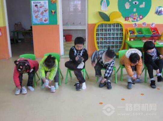 小樹苗幼兒園加盟