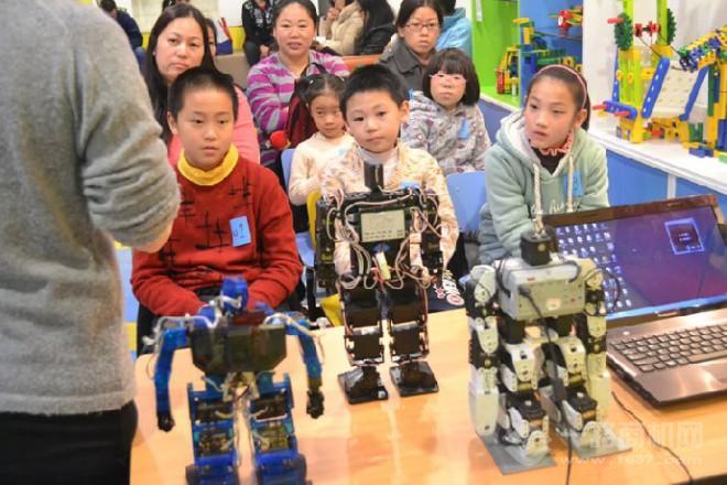 最愛機器人教育