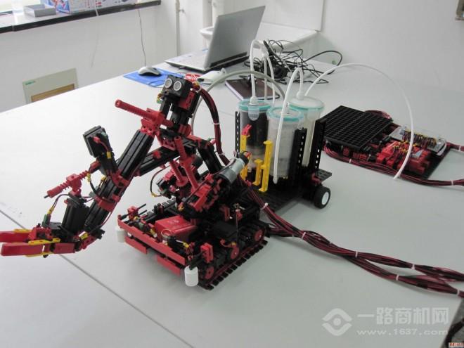 中教仪慧鱼机器人教育
