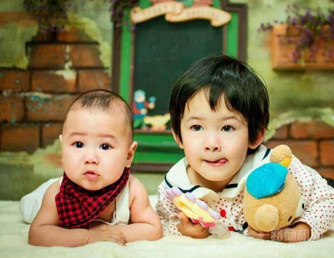 童话世界儿童摄影