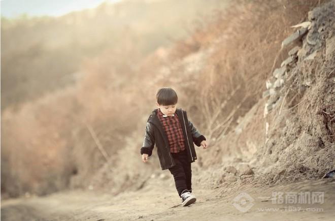 嗨贝贝儿童摄影加盟