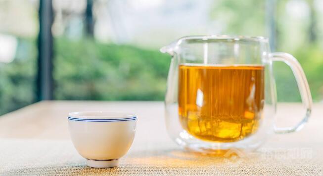 茶鑫汀茶饮加盟