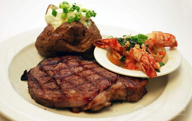 牛肉传中式快餐加盟