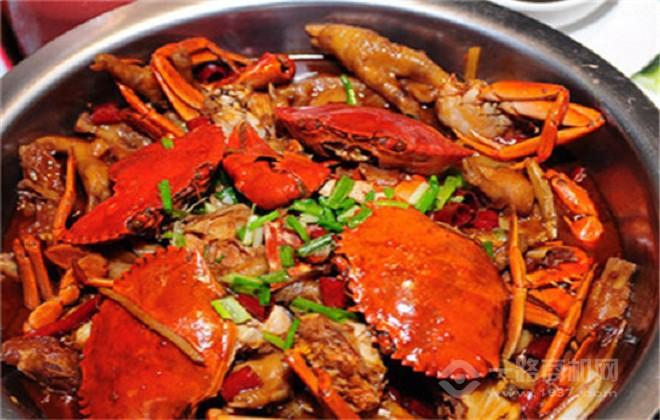 小胖大嘴肉蟹煲加盟