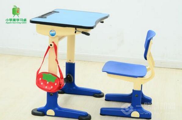 小苹果益智学习桌加盟