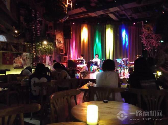 甲壳虫音乐餐厅加盟