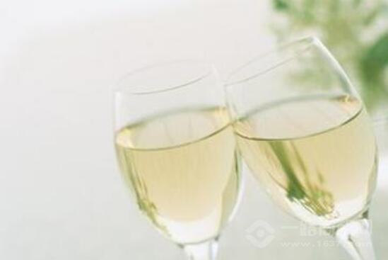 吉中吉酒业