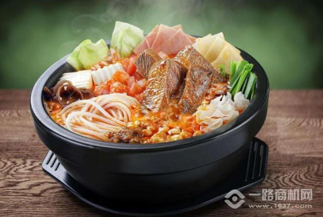 厨人艺料火锅米线加盟