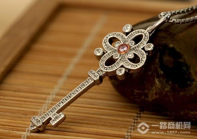 閃爍女王珠寶首飾加盟