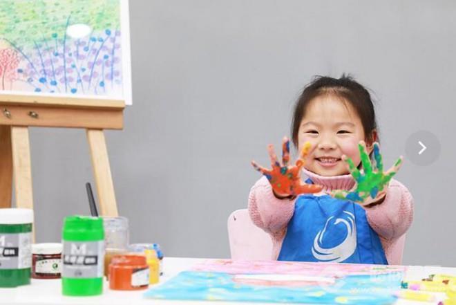 小天鹅艺术培训中心加盟