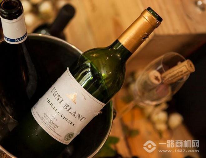 梅多克干红葡萄酒加盟