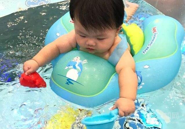 池天真婴儿恒温游泳馆加盟