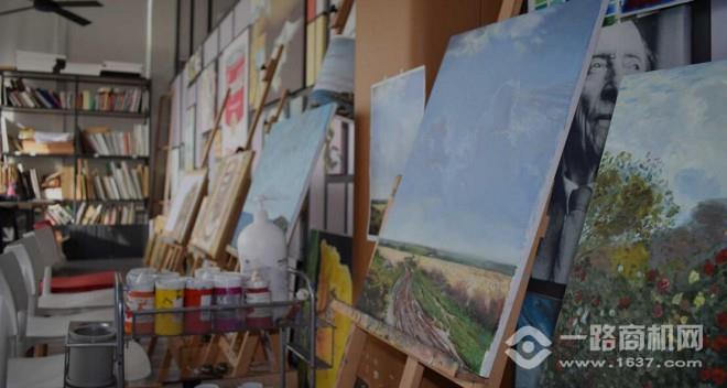 彩色圓點藝術教育加盟