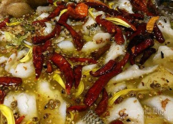 嬉游紀酸菜魚
