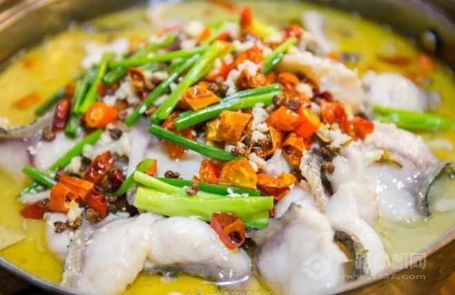 鱼时渔刻酸菜鱼加盟