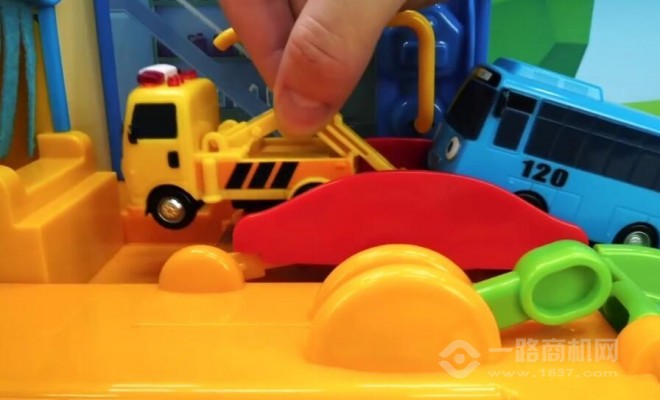 嗨蝸牛益智玩具加盟