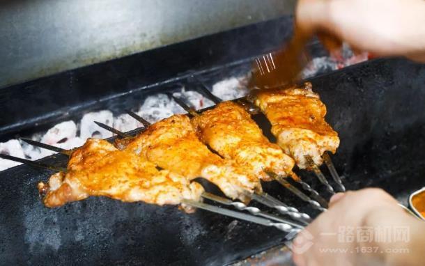 野火堂海鮮燒烤加盟