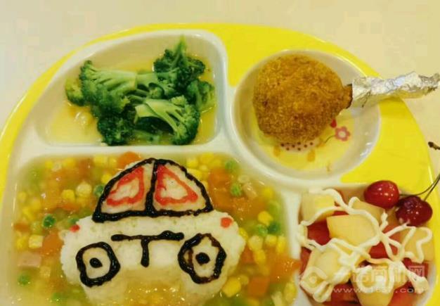 精灵王国儿童主题餐厅加盟