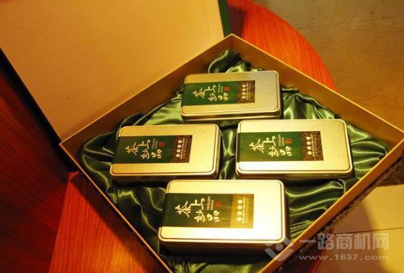 金鼎春茶業加盟
