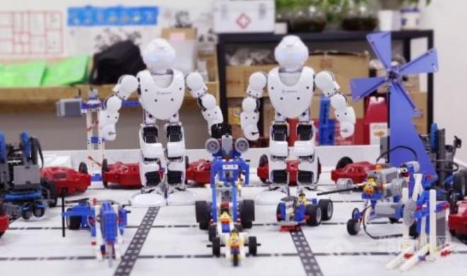 畫貝機器人教育