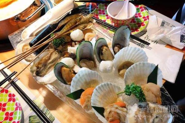 吉吉泰式海鮮火鍋
