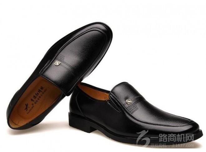 紅蜻蜓皮鞋