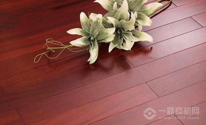 丰盈居木地板