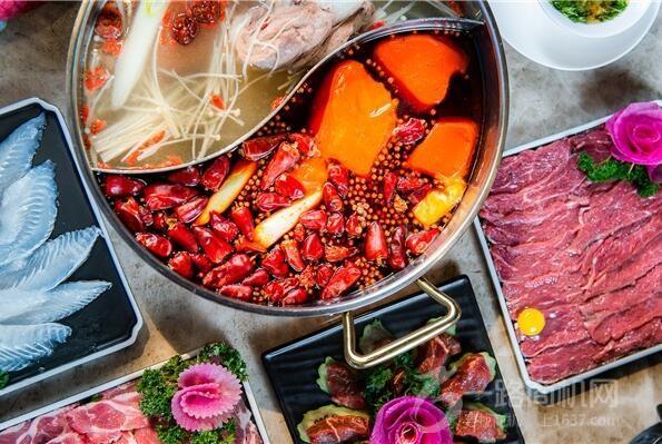 撈神火鍋加盟